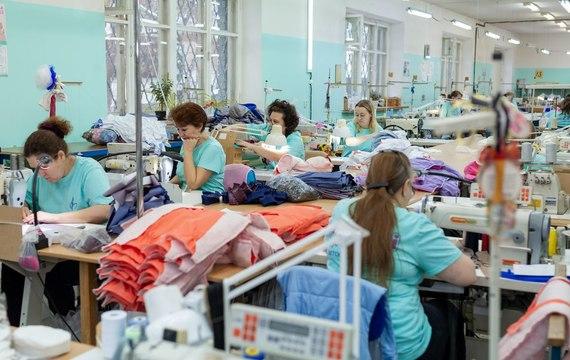 Фото из цеха швейного производства «PuZZiki» 10