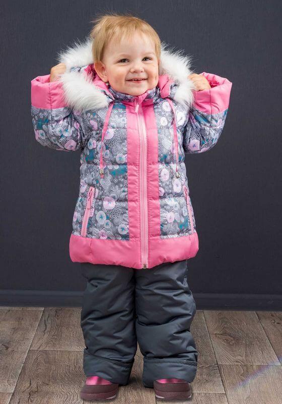 Набор зимних верхних вещей для девочки в яркой расцветке
